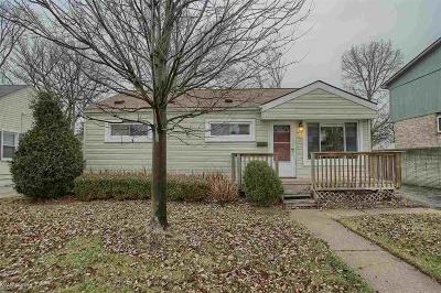Berkley Single Family Home Pending: 3540 Greenfield