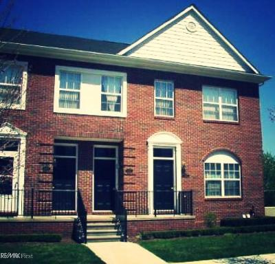 Sterling Heights Condo/Townhouse For Sale: 14417 Vauxhall