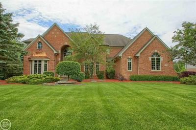Washington Twp Single Family Home For Sale: 60525 Balmoral Way