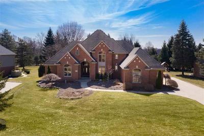 Washington Twp Single Family Home For Sale: 5784 Brookside Ln