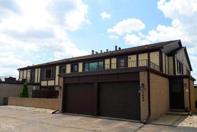 St. Clair Shores Condo/Townhouse For Sale: 1089 Country Club