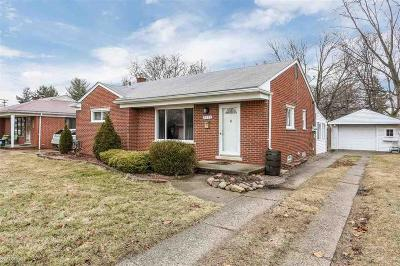 Livonia Single Family Home For Sale: 9312 Hartel