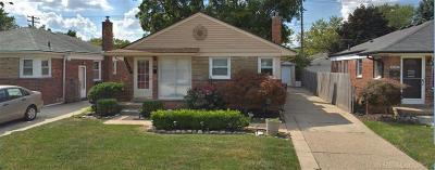 Macomb County Single Family Home For Sale: 29919 Taylor