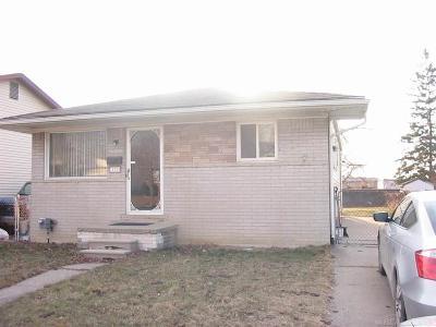 Warren Single Family Home For Sale: 22725 Hillock