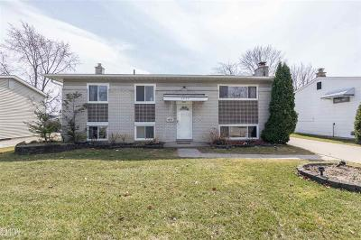 Shelby Twp, Utica, Sterling Heights Single Family Home For Sale: 2830 Serra