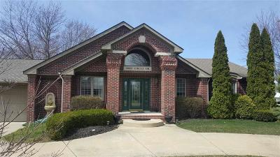 Harrison Twp MI Single Family Home For Sale: $529,900