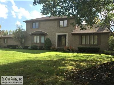 Novi Single Family Home For Sale: 41223 Coventry Drive