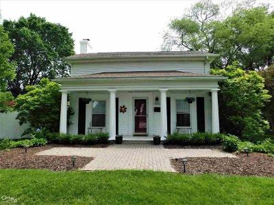 Shelby Twp Single Family Home For Sale: 46860 Shelby Rd