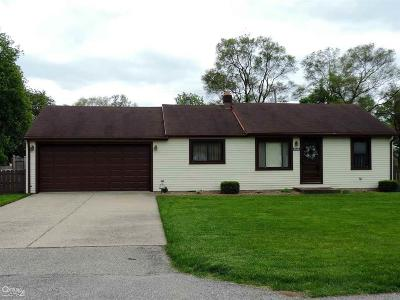 Shelby Twp Single Family Home For Sale: 2444 Collins