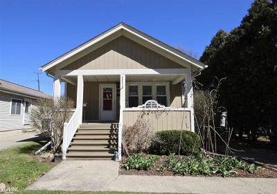 Royal Oak Single Family Home For Sale: 3216 Garden Ave