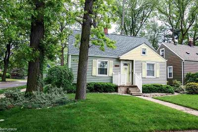 Royal Oak Single Family Home For Sale: 922 N Altadena