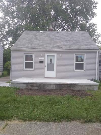 Warren Single Family Home For Sale: 8443 Republic