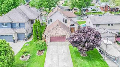 Harrison Twp Single Family Home For Sale: 37895 Lakeshore Dr