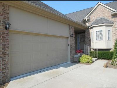 Clinton Twp Condo/Townhouse For Sale: 40853 Provencal Ct #76