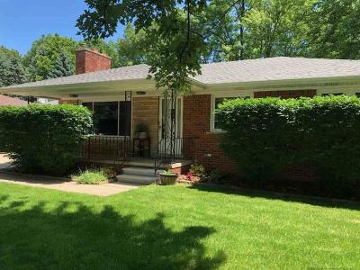 Macomb Twp Single Family Home For Sale: 45184 North Branch