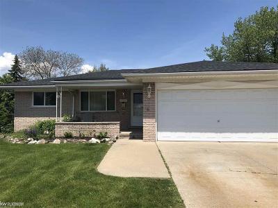 Warren Single Family Home For Sale: 27287 Bradner Drive
