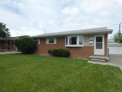 Clinton Twp Single Family Home For Sale: 35753 Griswald