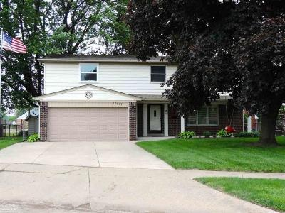 Sterling Heights Single Family Home For Sale: 12817 Picadilly