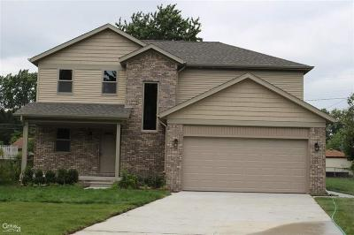 St. Clair Shores Single Family Home For Sale: 22320 St Gertrude