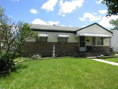 Warren Single Family Home For Sale: 22132 Masch