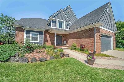 MACOMB Single Family Home For Sale: 47397 Woodberry Estates