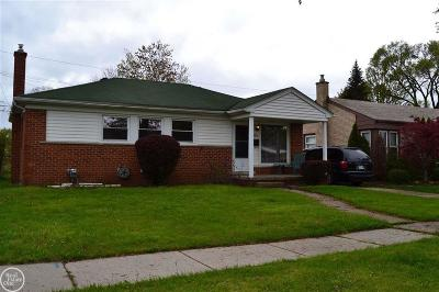 St. Clair Shores, Harrison Twp, Roseville, Clinton Twp Single Family Home For Sale: 28839 Fountain