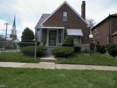 Detroit Single Family Home For Sale: 18201 Santa Rosa