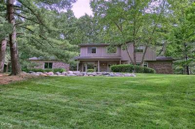 Rochester Hills Single Family Home For Sale: 655 E Birch Tree