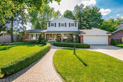 Warren Single Family Home For Sale: 32333 Desmond