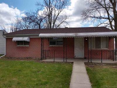 Wayne County Single Family Home For Sale: 20091 Crisler