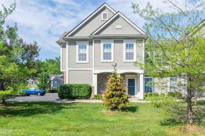 Harrison Twp MI Condo/Townhouse For Sale: $155,000