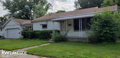 Warren Single Family Home For Sale: 22305 Cunningham