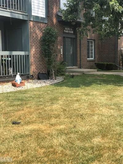 Macomb Twp Condo/Townhouse For Sale: 15424 Ashley