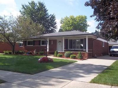 Sterling Heights Single Family Home For Sale: 34641 Greentrees