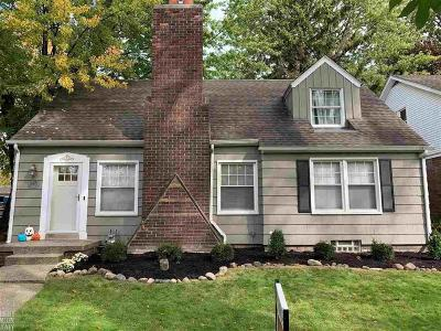 Grosse Pointe Single Family Home For Sale: 880 Notre Dame St