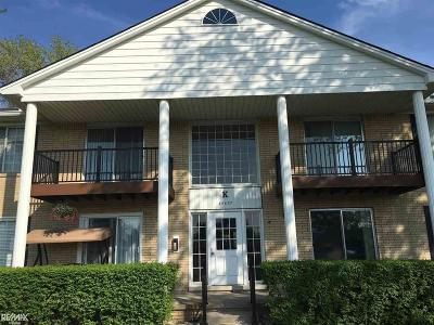 Sterling Heights Condo/Townhouse For Sale: 34680 Huntley Dr.