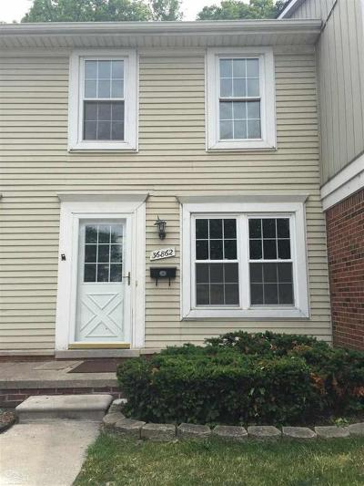 Sterling Heights Condo/Townhouse For Sale: 36862 Park Place