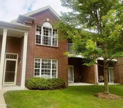 Oakland County Condo/Townhouse For Sale: 1723 Deepwood #Unit 70