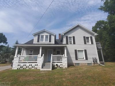 Macomb County Single Family Home For Sale: 67343 Van Dyke #3