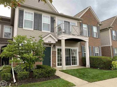 Wixom Condo/Townhouse For Sale: 327 Wright