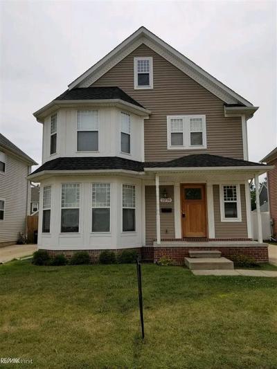 Ferndale Single Family Home For Sale: 2270 Hamata