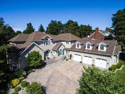 Meridian Charter Twp Single Family Home For Sale: 2500 Overglen Court