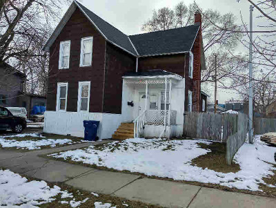Bay City Multi Family Home For Sale: 206 McCormick St