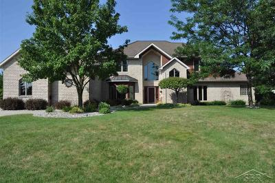 Saginaw Single Family Home For Sale: 4277 N Autumn Ridge