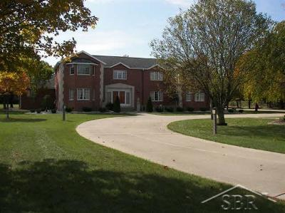 Saginaw Single Family Home For Sale: 3825 Spring Lane