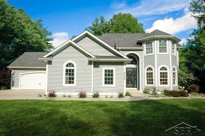 Saginaw Single Family Home For Sale: 2252 Edgebrook