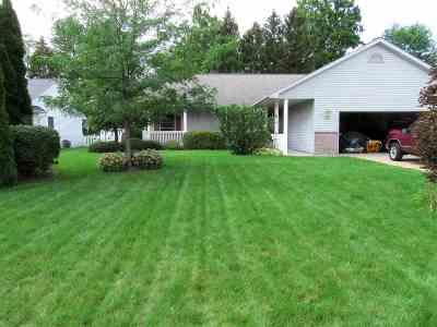 Saginaw Single Family Home For Sale: 3177 Setting Sun Blvd
