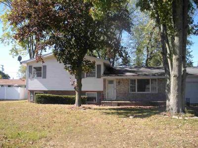 Bay City Single Family Home For Sale: 4406 W Park