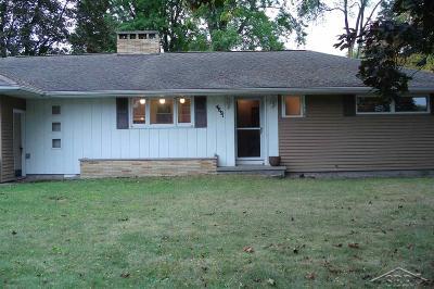 Saginaw Single Family Home For Sale: 4891 Ironwood