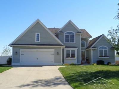Saginaw Single Family Home For Sale: 3534 Coachmans Ridge